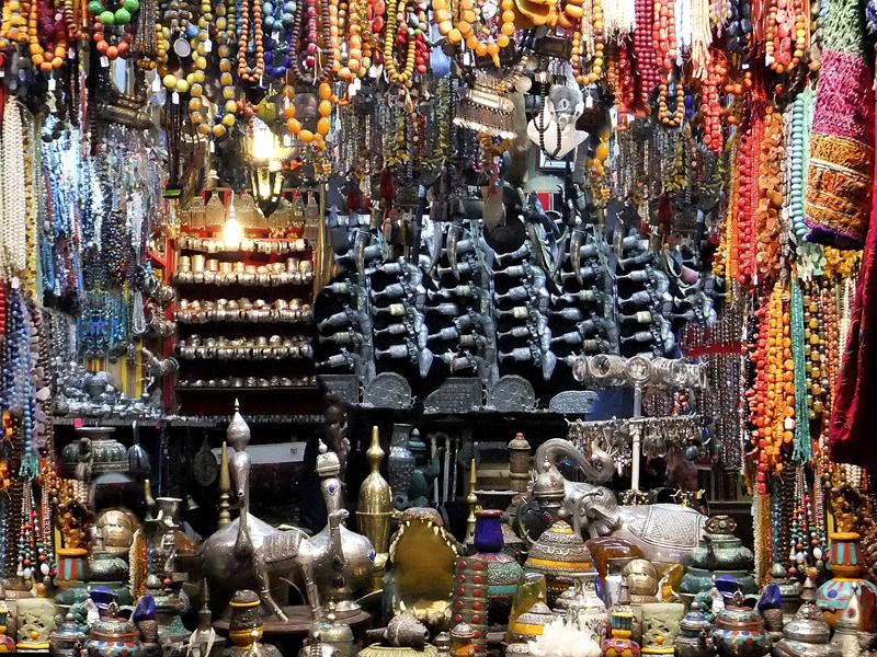 Visiting an Arabic bazaar or suuq